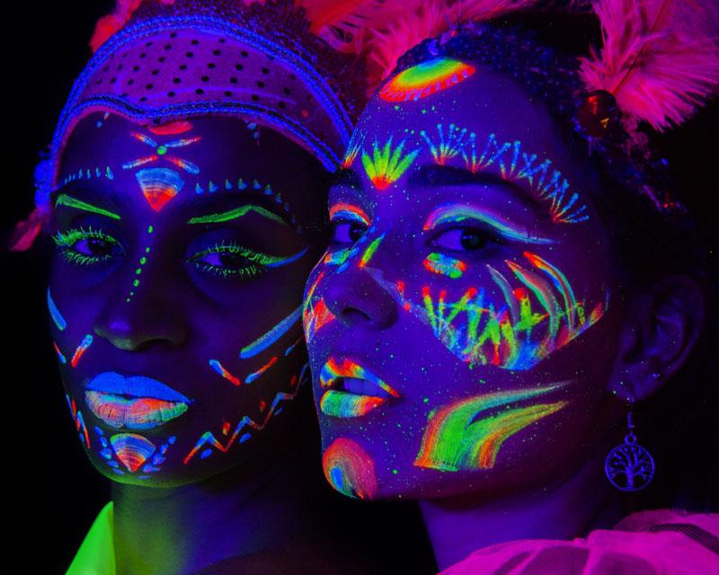 Foto y maquillaje fluorescente ultravioleta por Manuel Trigo