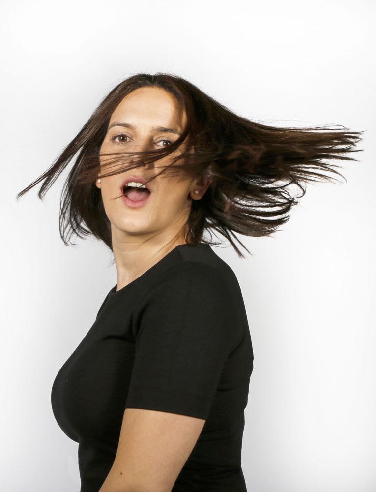 Vanesa Alcázar, actriz. Movimiento de pelo